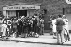Toots Shor's Club, New York City's hangout for celebrities