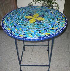 """שולחן פסיפס זכוכית קוטר 60 ס""""מ"""
