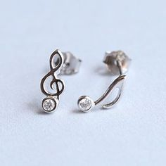 Buy Blinglitz S925 Silver Rhinestone Non-Matching Stud Earring at YesStyle.com! Quality products at remarkable prices. FREE Worldwide Shipping available!