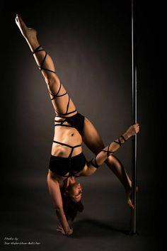 Love handstands