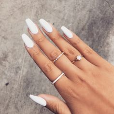 There are three kinds of fake nails which all come from the family of plastics. Acrylic nails are a liquid and powder mix. They are mixed in front of you and then they are brushed onto your nails and shaped. These nails are air dried. Best Acrylic Nails, Acrylic Nail Designs, Acrylic Nails For Summer, Prom Nails, Long Nails, Long White Nails, White Coffin Nails, White Manicure, Stiletto Nails