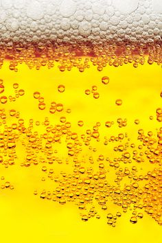 Beer bubbles close-up background Whisky Jack, Research Poster, Beer Photos, Coffee Images, Drink Photo, Beer Humor, Thirsty Thursday, Graffiti Art, Craft Beer