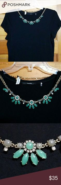 J.Crew Statement Necklace NWT J.Crew Statement Necklace NWT Beautiful necklace Has adjustable chain Tags still attached J. Crew Jewelry Necklaces