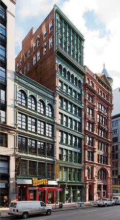 THE BANNER BUILDING, NEW YORK • A cast-iron structure is restored with traditional and contemporary materials and construction techniques.
