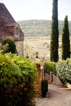 Tuscany..my dream vacation.  Going to take cooking classes when I go !