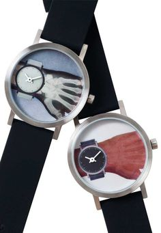 Projects Time is Short Watch - Free Shipping from Watchismo.comTime-is-Short Watch is a concept that is real.  We might be here for a limited time or not….who knows!  The Time-is-Short Watch brings to the forefront this idea and gives us moment for pause.  Time-is-Short is a Watch that changes from an x-ray image to a photo image with a flick of the wrist!  Yes, it is true…your eyes are not deceiving you.  The perfect gift for any radiologist or orthopedic doctor!