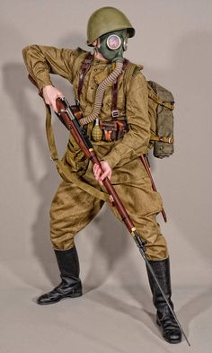 """""""Soviet infantry late and early cold war uniform style Military Weapons, Military Art, Military History, Soviet Army, Soviet Union, Ww2 Uniforms, Military Uniforms, Ww1 Soldiers, Army Uniform"""