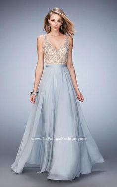 Graceful chiffon gown with a stunning keyhole back and GORGEOUS vintage beaded bodice
