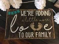 55 Innovative and Creative Pregnancy Announcement Ideas Thanksgiving Pregnancy Announcement, Creative Pregnancy Announcement, Baby Announcement Pictures, Birth Announcement Girl, Baby Announcements, Pregnancy Info, Announcement Cards, Baby Surprise Announcement, Women Pregnancy