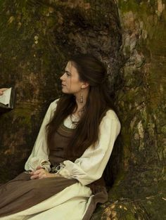 Hayley Atwell as Aliena inThe Pillars of the Earth (TV Mini-Series, 2010).