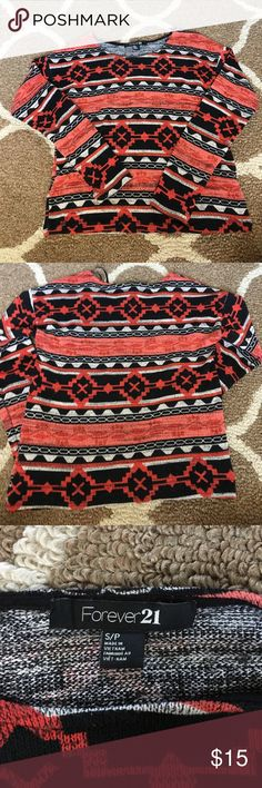 """Forever 21 sweater In great used condition. No visible flaws . Measurements laying flat:pit to pit 17""""// 21.26 """" long // arms 19.68"""" . Offered welcomed //142// Forever 21 Sweaters Crew & Scoop Necks"""