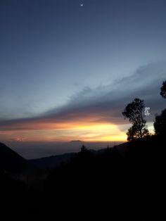 sunrise in bromo mountain, Indonesia. taken by Samsung J3 pro