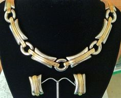VINTAGE GIVENCHY PARIS NEW YORK LOVELY LINK NECKLACE & EARRINGS SET GOLD, SILVER #Givenchy #Link