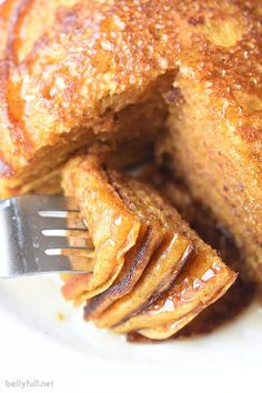 Filled with brown sugar, cinnamon, buttermilk, and pumpkin, this easy recipe for Pumpkin Pancakes is a perfect Fall breakfast or all year round! Fall Breakfast, Breakfast Dishes, Breakfast Recipes, Dessert Recipes, Desserts, Pumpkin Coffee Cakes, Pumpkin Pancakes, Banana Pancakes, Pumpkin Recipes