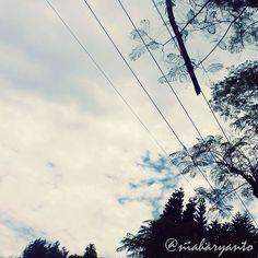 """Langitku sore itu... @uploadkompakan #uploadkompakan #uklessismore_mdn #kompakersbandung"""