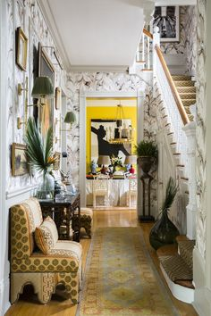 The Southern Style Now/Traditional Home Showhouse is back, announcing its lineup of participating designers, sponsors and run dates. New Orleans Decor, New Orleans Homes, Classic Home Decor, Classic House, Remodeling Mobile Homes, Home Remodeling, Home Decor Trends, Home Decor Styles, Decor Ideas