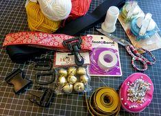 Dog Collar & Leash Sets: Renaissance Ribbons   Sew4Home