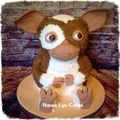 Gizmo by Nanna Lyn Cakes