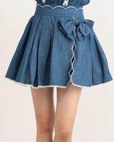 LIZ LISA Dungaree Scallop Short Pants 2