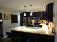 How to Buy Cabinets Black Granite Kitchen, White Kitchen Cabinets, Shaker Style Cabinets, Kitchen Cabinet Styles, Wood Floor Kitchen, Kitchen Flooring, Ready To Assemble Cabinets, Espresso Cabinets, Contemporary Kitchen Design