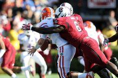 Melvin Ingram makes a tackle, future NFL pro.