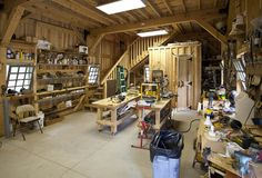 Barn Ponderosa Country Barn project by Sand Creek Post & Beam. View this gallery for ideas on your next dream barn. Garage Workshop Plans, Workshop Layout, Home Workshop, Woodworking Shop, Woodworking Plans, Woodworking Projects, Woodworking Workshop, Garage House, Diy Garage