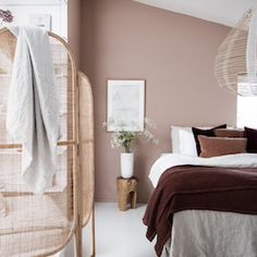 my scandinavian home: My Latest Bedroom Update ( Get The Look!) my scandinavian home: My Latest Bedroom Update ( Get The Look!) The post my scandinavian home: My Latest Bedroom Update ( Get The Look!) appeared first on Wohnaccessoires. Bedroom Colors, Home Decor Bedroom, Living Room Decor, Bedroom Ideas, Bedroom Curtains, Diy Bedroom, Bedroom Furniture, Pink Bedroom Walls, Velvet Bedroom