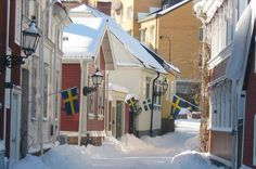 Google Image Result for http://upload.wikimedia.org/wikipedia/commons/c/ce/G%25C3%25A4vle-Gamla_Stan_2.JPG