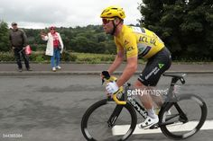 Great Britain's Mark Cavendish, wearing the overall... #apoldudesus: Great Britain's Mark Cavendish, wearing the overall… #apoldudesus