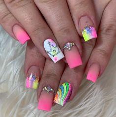 Edgy Nails, Neon Nails, Trendy Nails, Pink Nails, Semi Permanente, Nail Pops, Diy Barbie Furniture, Nails Inspiration, Nail Art Designs