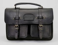 R Handcrafted in Cape Town, South Africa Width: 30 cm Height: cm Gussets: cm x 2 , plus 2 front pockets. Cape Town, Leather Men, Leather Handbags, South Africa, Messenger Bag, Men's Shoes, Satchel, African, Pockets