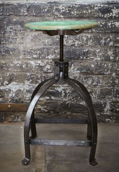 Post-Scriptum — tabouret bienaise / Bienaise stool Stool, Chair, Tiered Cakes, Pretty, Steampunk, Furniture, Vintage, Home Decor, Products