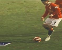 Gifs football humour, talent et Cristiano Ronaldo - http://www.actusports.fr/78626/gifs-football/