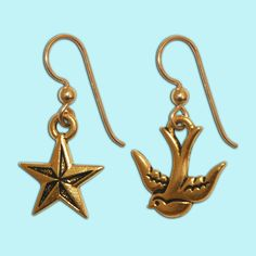 18 Days Left to Shop at Dollydagger! Dollydagger Sailorette Earrings now just £4.00 #nauticalearrings #nautical #nauticaljewellery #goldcharmearrings #retro #gold #britishmade #nauticaljewelry #nauticalstyle #goldnauticalearrings #goldcharmjewelry #earrings #goldcharmjewellery #retroearrings #dollydagger https://goo.gl/Y6kwsq