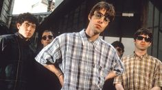 Gli Oasis all'inizio della loro carriera