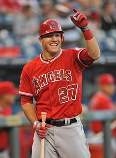 Mike Trout: AL Rookie of the Year. MY FAVORITE PLAYER ♥♥♥
