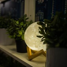 I don't know why, but I really want this... Moon Light - Thanks to the latest 3D printing technology, the moonlight is now truly portable. After hundred of years for the people who chase the mystery of the moon, now it is not only in the sky, but anywhere http://amzn.to/2tmP4iT