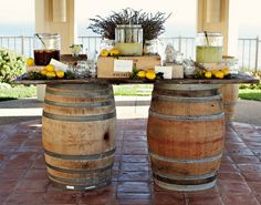 If you are thinking about planning a brunch wedding reception, but you are concerned about limited drink option. Here is some great lemonade stand inspiration! Whiskey Barrel Bar, Wine Barrel Wedding, Wine Barrel Table, Wine Barrels, Barrel Sink, Wine Crates, Wedding Brunch Reception, Wedding Table Setup, Reception Food