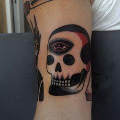 Katya Krasnova as featured on www.swallowsndaggers.com #tattoo #tattoos #skull