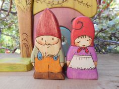 Wood Toys GNOME COUPLE-Waldorf by MomNmee on Etsy