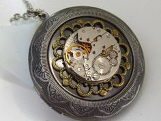 Steampunk locket necklace  with vintage watch movement Gift for Her Birthday gift Women gift ideas Photo locket Picture locket Gift women