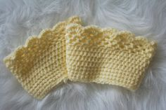 READY TO SHIP Woman boot cuffs. These by handmadebylovemuffin