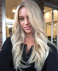 @cortneyvilla Blonde blowout