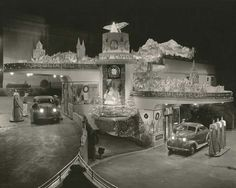 Great photo of a gas station in the 1940's ready for Christmas.