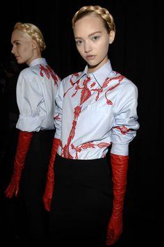 Gemma Ward and Romina Lanaro Backstage @ Givenchy Fall/Winter 2006 #braid braided crown