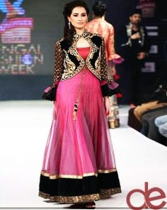 DE Attractive Black And Pink Designer Bridal suit