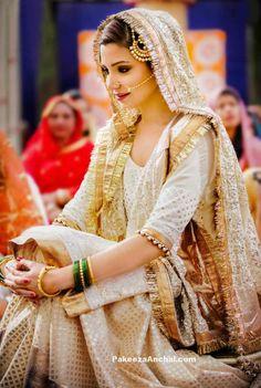 Anushka Plays Salman's Bride in Sultan -Wedding Pics-PakeezaAnchal.com