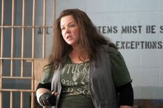 This is a picture of a very famous actor Melissa Mccarthy this photo represent an empowering women as it shows that you don't have to be really pretty and look a particular way to make it in hollywood and to be good at your job.