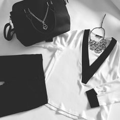 Black&White. A never end love story... // #fashion #blackandwhite #style #outfit #outfitgrid #look