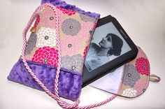 MunchkinKTDesigns hand muff and a kindle wallet bag